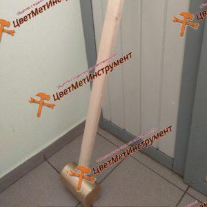 Latunnyj molotok iskrobezopasnyj 3,5 kg http://cvetmetinstrument.ru/